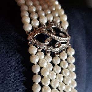 Faux pearl choker with rhinestones